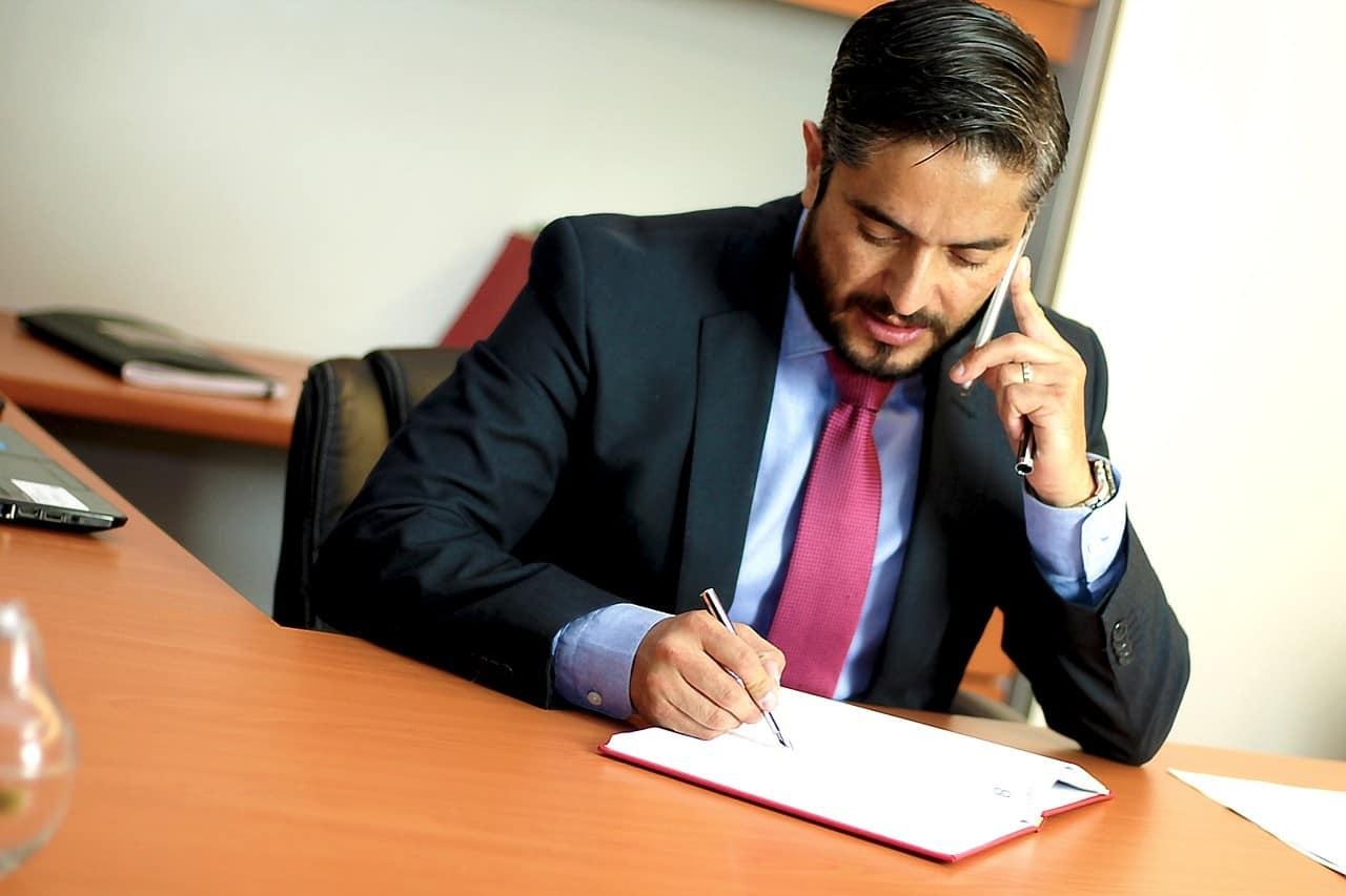 עורך דין מקצועי