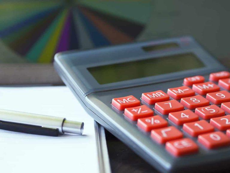 מחשבון, עט ומחברת
